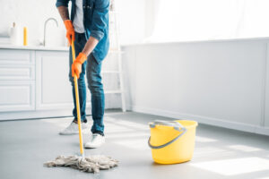 How clean should an apartment be before moving in